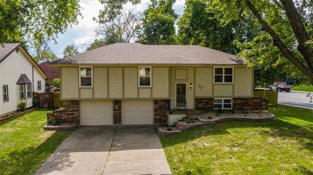 16001 E 28th Street S, Independence, MO 64055 (#2345733) :: Tradition Home Group | Compass Realty Group