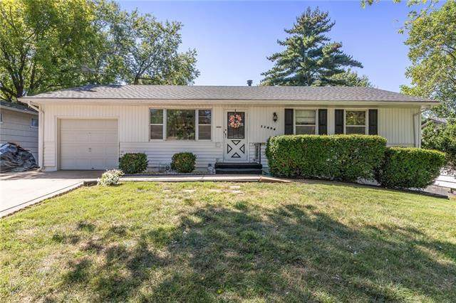 11404 Norton Avenue, Kansas City, MO 64137 (#2345824) :: Five-Star Homes