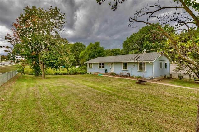 2724 Hutton Road, Kansas City, KS 66109 (#2345869) :: Team Real Estate