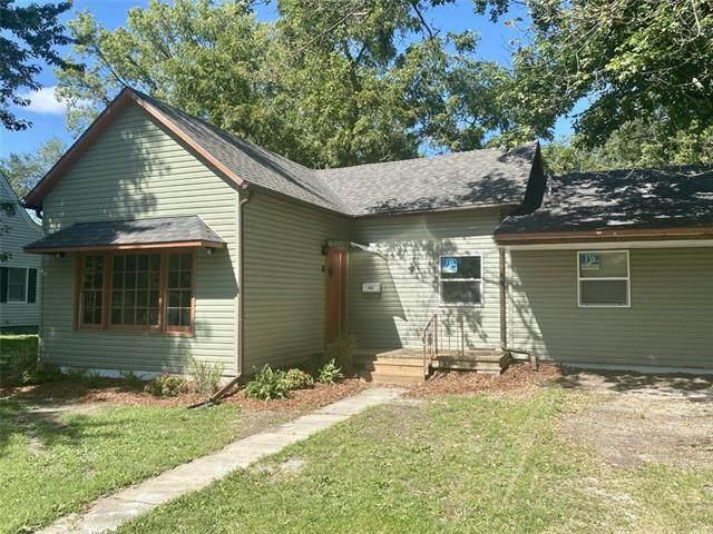 310 W Dakota Street, Butler, MO 64730 (#2345887) :: Dani Beyer Real Estate