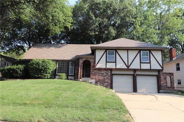 8105 Hauser Drive, Lenexa, KS 66215 (#2346008) :: Team Real Estate