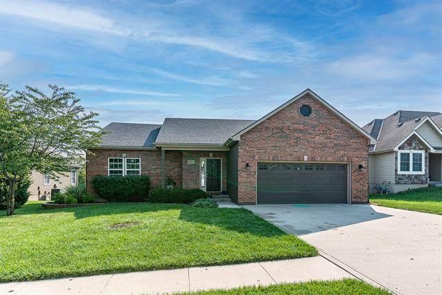 1909 159 Terrace, Basehor, KS 66007 (#2346033) :: Austin Home Team