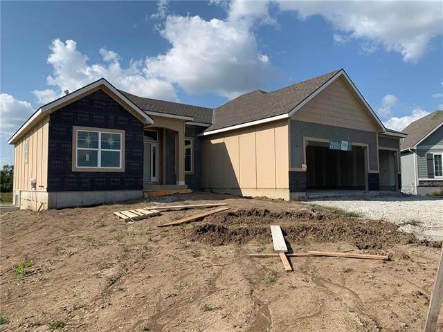21866 W 177 Terrace, Olathe, KS 66062 (#2346083) :: Austin Home Team