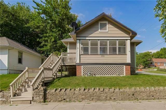 1011 N Broadway Street, Leavenworth, KS 66048 (#2346096) :: Dani Beyer Real Estate