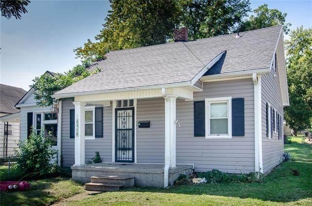 2718 St Joseph Avenue, St Joseph, MO 64505 (#2346120) :: Team Real Estate