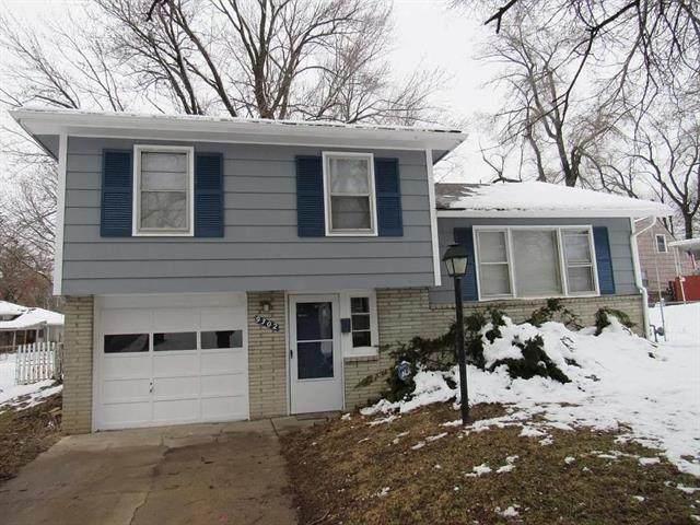 9302 Fairwood Drive, Kansas City, MO 64138 (#2346137) :: Ron Henderson & Associates