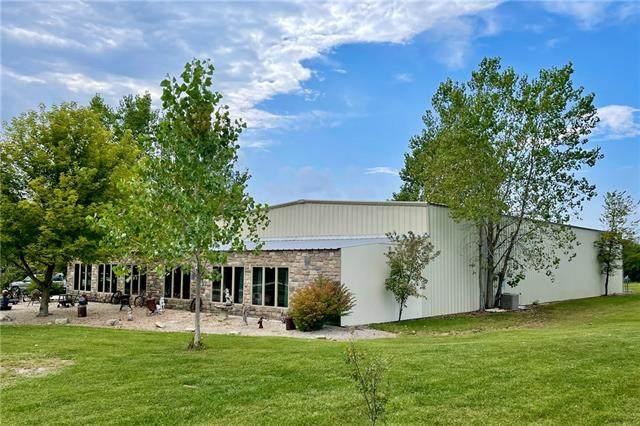 15440 Edgerton Road, Gardner, KS 66030 (#2346164) :: Eric Craig Real Estate Team