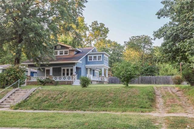 1864 E 76th Terrace, Kansas City, MO 64132 (#2346201) :: Dani Beyer Real Estate