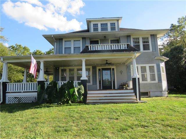 210 S Sallie Street, Mayview, MO 64071 (#2346210) :: Dani Beyer Real Estate