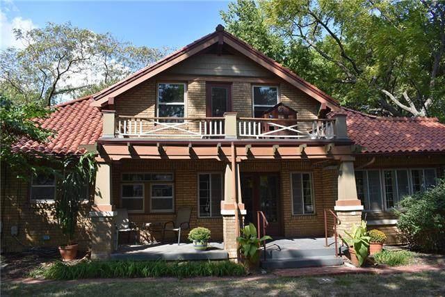 7244 Washington Street, Kansas City, MO 64114 (#2346273) :: SEEK Real Estate