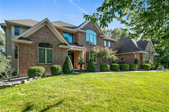 1029 NE Moss Point Road, Lee's Summit, MO 64064 (#2346279) :: Five-Star Homes