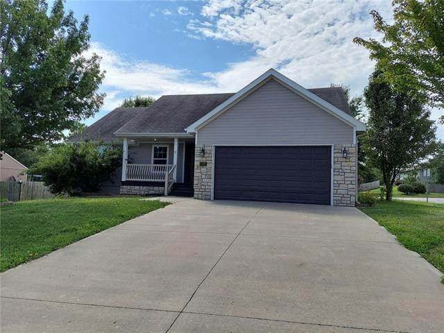 1207 SW 4th Street, Oak Grove, MO 64075 (#2346341) :: Eric Craig Real Estate Team