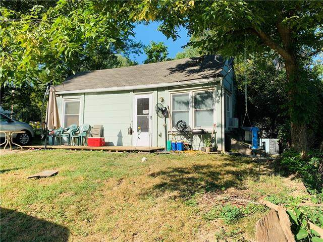 1004 S Haden Street, Independence, MO 64050 (#2346387) :: The Rucker Group
