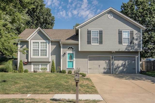 4803 NW Pennington Lane, Blue Springs, MO 64015 (#2346399) :: Five-Star Homes