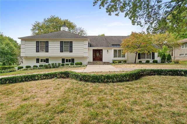 8304 Juniper Lane, Prairie Village, KS 66207 (#2346416) :: Tradition Home Group   Compass Realty Group