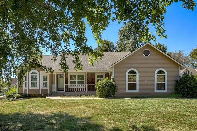 705 Sunset Lane, Belton, MO 64012 (#2346461) :: Austin Home Team