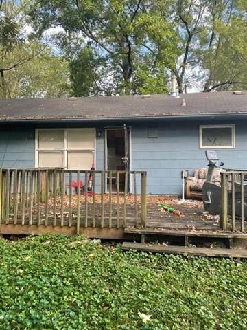 7703 E 112 Terrace, Kansas City, MO 64134 (#2346470) :: Austin Home Team