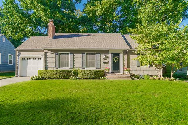 5214 W 72nd Terrace, Prairie Village, KS 66208 (#2346471) :: Tradition Home Group | Compass Realty Group