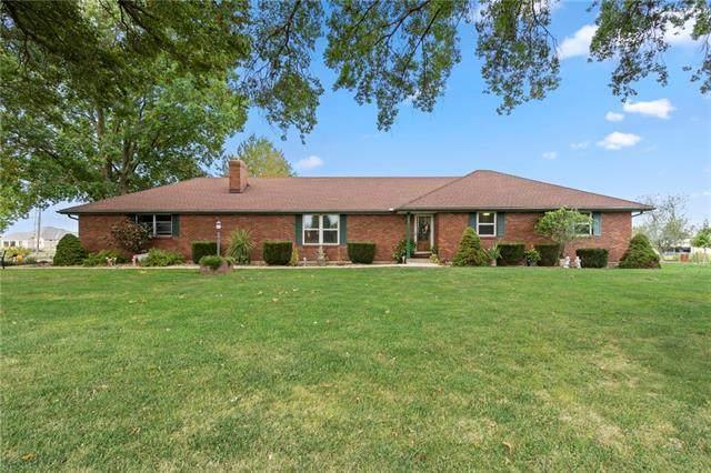 22617 155th Street, Basehor, KS 66007 (#2346538) :: Five-Star Homes