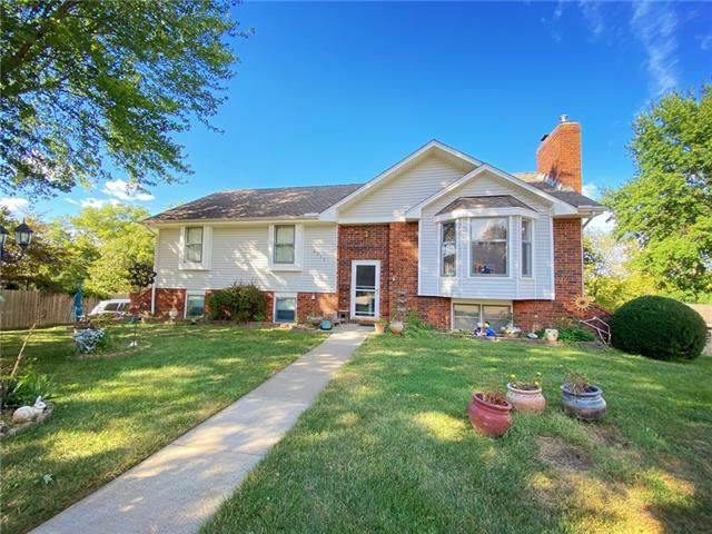 4213 Belmont Circle, St Joseph, MO 64506 (#2346700) :: Eric Craig Real Estate Team