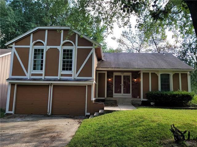 167 E Nelson Circle, Olathe, KS 66061 (#2346716) :: Eric Craig Real Estate Team