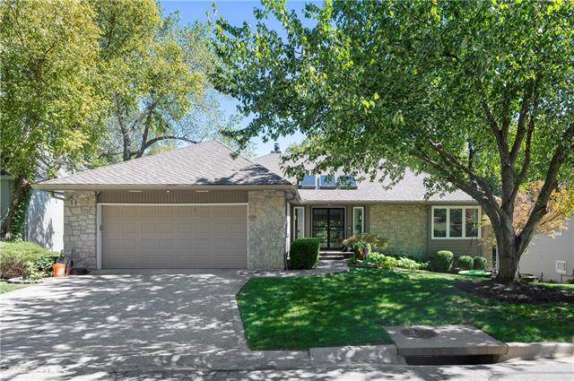 12307 Baltimore Avenue, Kansas City, MO 64145 (#2346734) :: Tradition Home Group | Compass Realty Group