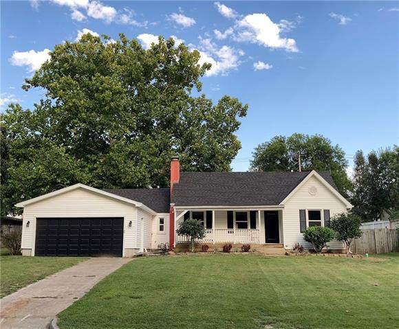 813 S Main Street, Nevada, MO 64772 (#2346740) :: Tradition Home Group | Compass Realty Group