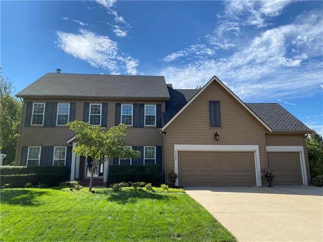13908 Goodman Street, Overland Park, KS 66223 (#2346808) :: Austin Home Team