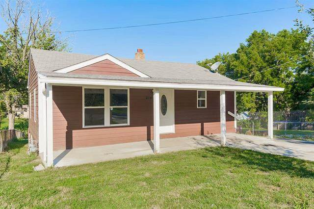 2444 Scott Avenue, Independence, MO 64052 (#2346869) :: Tradition Home Group | Compass Realty Group