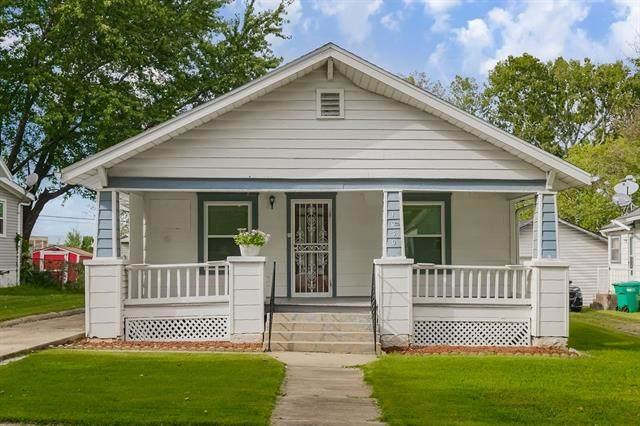 1030 Brown Avenue, Osawatomie, KS 66064 (#2346906) :: The Shannon Lyon Group - ReeceNichols