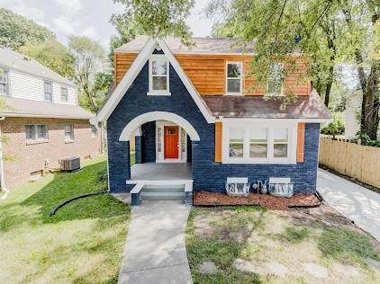 7407 Forest Avenue, Kansas City, MO 64131 (#2346941) :: Tradition Home Group | Compass Realty Group