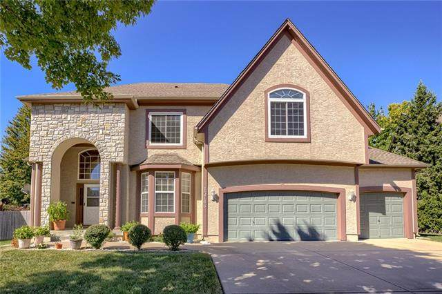 15746 S Central Street, Olathe, KS 66062 (#2346958) :: Tradition Home Group | Compass Realty Group