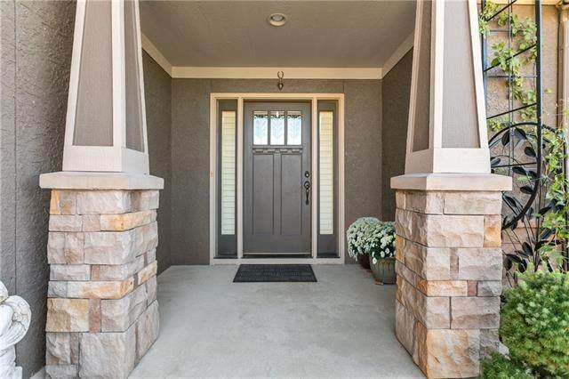 9001 N Seymour Avenue, Kansas City, MO 64153 (#2346998) :: Ask Cathy Marketing Group, LLC
