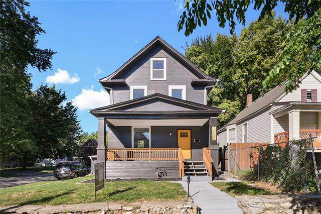 1030 Cleveland Avenue, Kansas City, MO 64127 (MLS #2347017) :: Stone & Story Real Estate Group