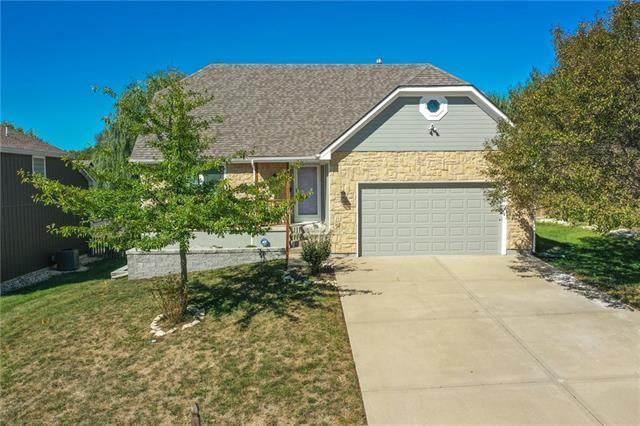 219 NE Eastwood Drive, Blue Springs, MO 64014 (#2347020) :: Five-Star Homes