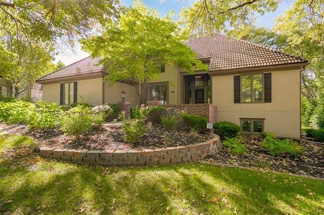 2553 W 118th Terrace, Leawood, KS 66211 (#2347033) :: SEEK Real Estate