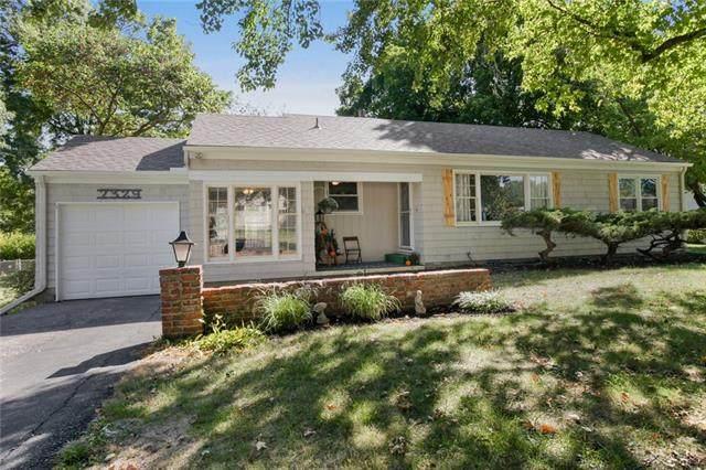 7329 W 74th Street, Overland Park, KS 66204 (#2347115) :: Five-Star Homes
