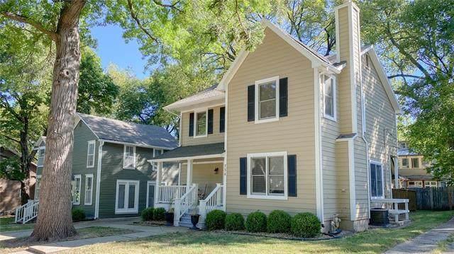 734 Illinois Street, Lawrence, KS 66044 (#2347122) :: Eric Craig Real Estate Team
