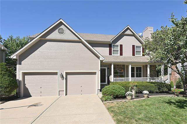 208 SE Citadel Drive, Lee's Summit, MO 64063 (#2347152) :: Tradition Home Group | Compass Realty Group