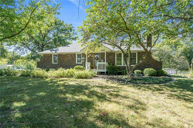 31366 W 162nd Street, Excelsior Springs, MO 64024 (#2347175) :: Ron Henderson & Associates