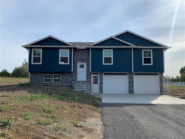 137 NW 191st Road, Warrensburg, MO 64093 (#2347178) :: The Shannon Lyon Group - ReeceNichols