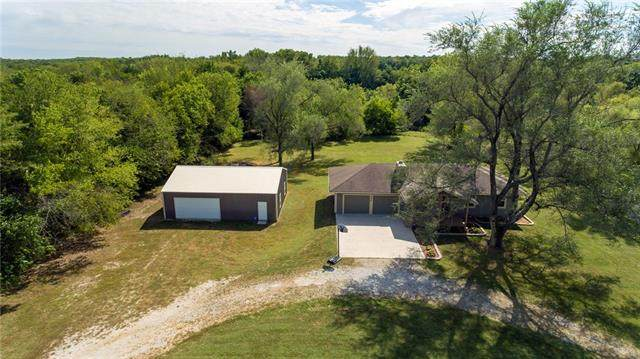 6609 E 285th Street, Freeman, MO 64746 (#2347225) :: Tradition Home Group | Compass Realty Group