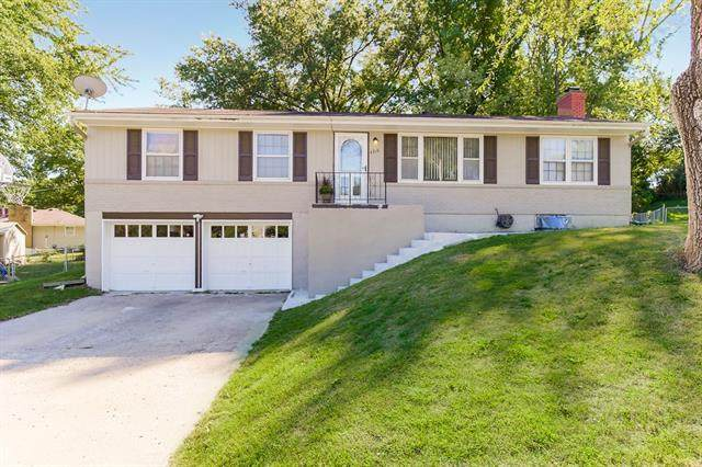 4216 N Drury Avenue, Kansas City, MO 64117 (#2347240) :: Tradition Home Group   Compass Realty Group
