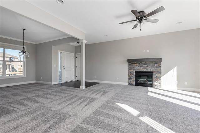 16746 S Durango Street, Olathe, KS 66062 (#2347252) :: Tradition Home Group | Compass Realty Group