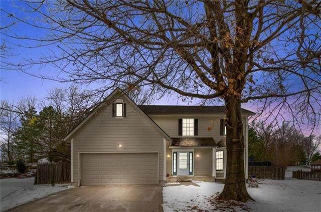 10220 Longwood Avenue, Kansas City, KS 66109 (#2347266) :: Ron Henderson & Associates