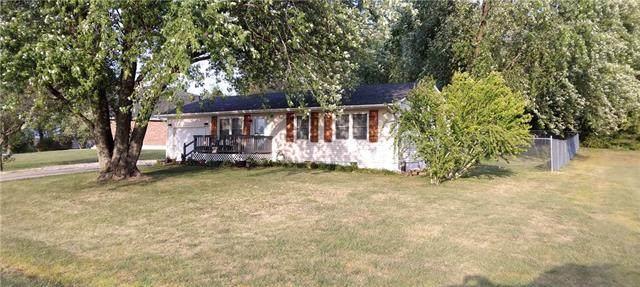 167 SE 421 Road, Warrensburg, MO 64093 (#2347273) :: The Kedish Group at Keller Williams Realty