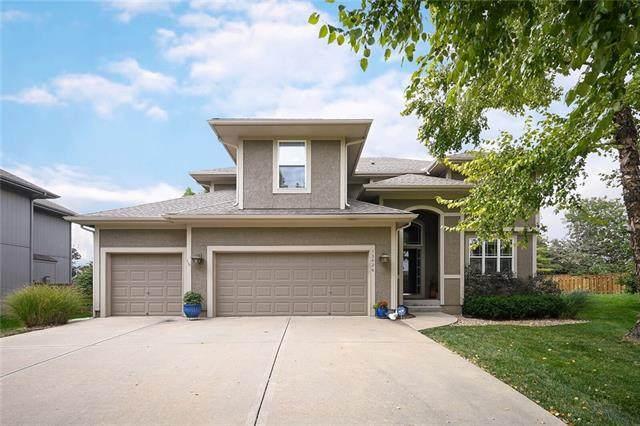 13426 W 138th Terrace, Overland Park, KS 66221 (#2347313) :: Audra Heller and Associates