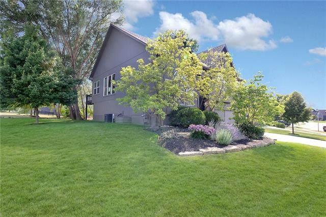 13303 W 173 Terrace, Overland Park, KS 66221 (#2347353) :: Audra Heller and Associates
