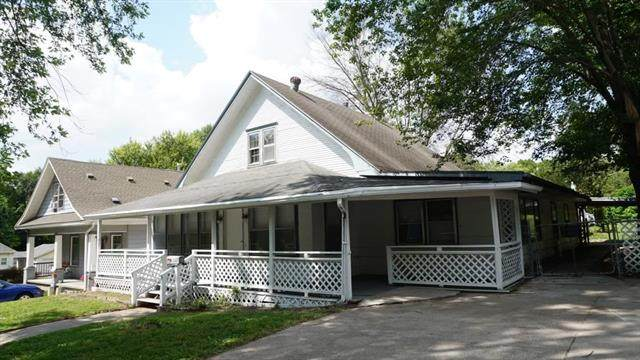 1511 Grand Avenue, St Joseph, MO 64505 (#2347378) :: Ron Henderson & Associates