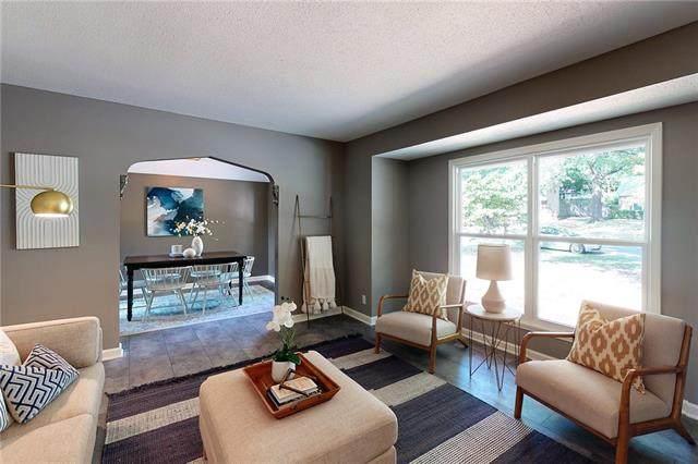 9317 W 82nd Street, Overland Park, KS 66204 (#2347414) :: Audra Heller and Associates